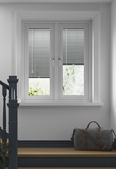 Venetian, Off-Black - Perfect Fit Blind