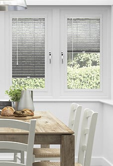 Venetian, Shimmer Black - Perfect Fit Blind