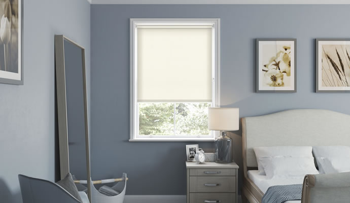 Cream Motorised Blackout Blinds